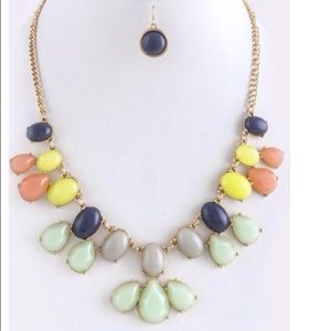 Jewelry - Mixed spring colors statement necklace